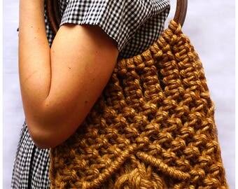 Vintage 1970s Natural Hand Knotted Woven Jute Handbang with Circular Wooden Ring Handles
