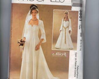 Misses Sewing Pattern McCalls 3861 Historical Costume Tudor Renaissance Wedding Dress Gown Bridal SCA Size 8 10 12 14 Bust 31 32 34 36 UNCUT