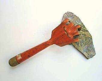 Vintage Garden Hand Tool, 1940's Vintage  Garden Soil Loosener Claw Form Steel Tool in Old Orange Paint