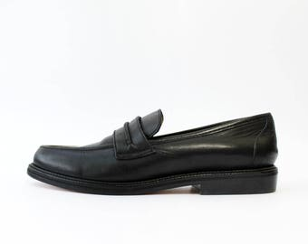 1990s Gap Black Leather Loafers Shoes