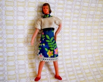 Bendy Vintage Doll for Doll's House - 1960s Miniature Dollhouse Doll - Lundby or Caco Mother