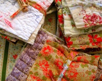 French Antique Quilt Bundles/Patchwork/Quilt Pieces/Cutter/Sewing/Applique/French Textiles/French Floral/Faded Fabric/Time Worn