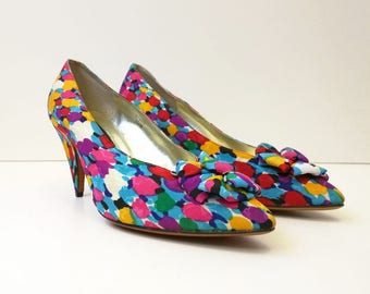 Vintage Shoes Pumps Colorful Pattern Round Bow Heels Womens 10 M J. Renee Couture Collection 80s