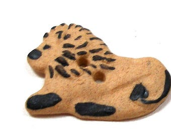 LION Button, Handmade Side profile of ceramic Big Cat,, Leo, 1 1/8""