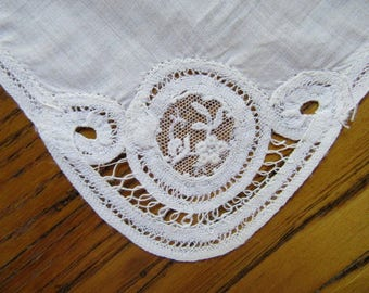 Antique Children's Handkerchief,  1920's, Vintage Hanky, Child's Hanky, Tape Lace, Flower Girl Accessory, Ivory Hanky, Small Handkerchief