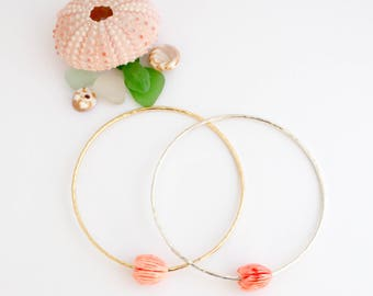 Simple Bangle w/ Pikake Bead, Handmade, Stackable, Coral, 14k Gold Filled, Sterling Silver, Simply Me Jewelry Pretty Pikake Bangle SMJBR617