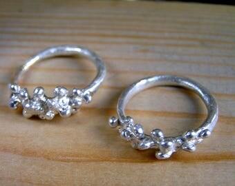Sterling Silver Bubble Ring. Handmade silver bubble ring. Silver Dot Ring. Elvish engagement ring. Dainty Ring. Granulation Ring.