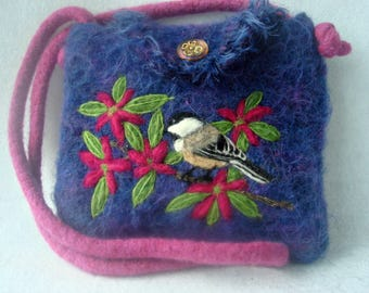 Felted Purse, Felted Handbag, Chickadee Art, Bird Art, Needle Felt Bird,Pastaza felt purse, wool Purse, Needle Felt Chickadee