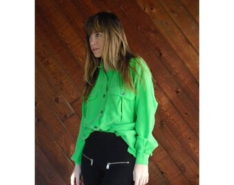 20% off SUMMER SALE. . . Kermit Green Silk l/s Utility Blouse - Vintage 90s - MEDIUM