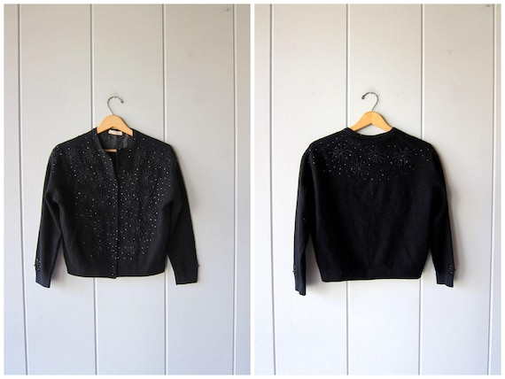 Black Beaded Sweater 1950s Cropped Cardigan Sweater Vintage 50s Lambswool Button Up Sweater Holiday Flowers Floral Beaded Womens Medium
