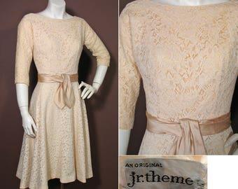 1950s Vintage Cream Lace Party or Cocktail Dress SZ S
