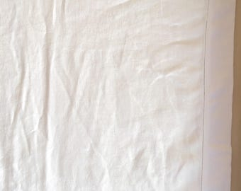 Large White Vintage Linen Tablecloth Rectangular Table Cloth Great condition!