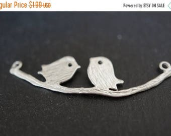 SUMMER CLEARANCE High Quality Matte Finised Sterling Silver Coated Cute Love Birds On Branch Charm Pendants - 1 pc