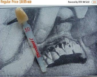 ONSALE Vintage Medical Dental One CrEepY Anthropomorphic Tooth