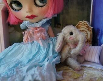 "Miniature 3"" Elephant - Artist Teddy Elephant Oatmeal German Mohair Stuffie Collectible for Blythe Doll"