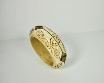 Vintage  Carved Ox Bone and Brass Bangle Bracelet.