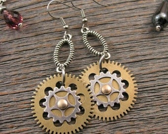 Steampunk Style Earrings - Watch Gear - Brass Clock Gears - Industrial Style - Mixed Metal Steampunk Gear Dangle Earrings