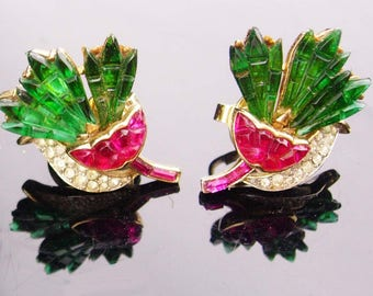 Vintage Crown Trifari Earrings / pink carnation flowers /  Alfred Philippe Invisibly clip on / Signed estate rhinestone