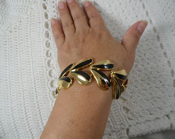 Gorgeous Black Enamel Gold Tone Vintage  Bracelet