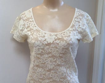 Vintage cream beige nylon lace stretch T shirt top, size Small beige lace button back blouse, beige lace blouse, beige lace sleep top