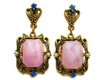 1960 Gold Tone Retro Art Nouvea Pink Lucite Moonstone Faux Pearl Blue Rhinestone Antique Tone Drop Dangle Vintage Screwback Earrings