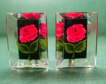Vintage LUCITE ROSE Earrings Pendant set