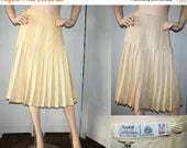 WINTER SALE Vintage REVERSIBLE Wool Pleated Skirt Small.