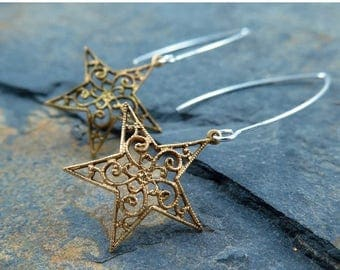 Gold Star Earrings, Vintage Star Earrings, Silver and Gold, Filigree Earrings, Celestial Jewelry, New Years Eve