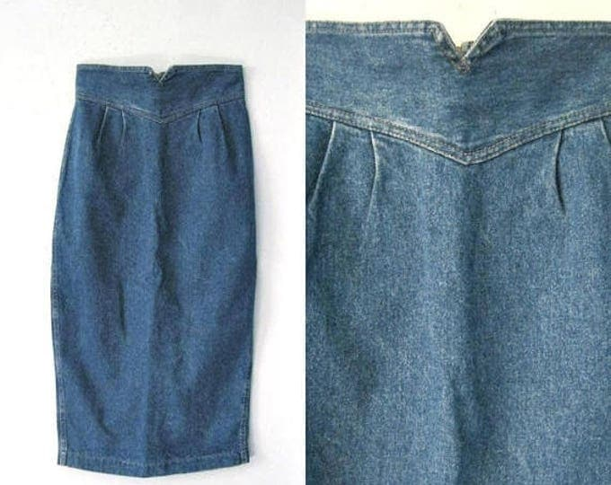 WINTER SALE Vintage 80s denim pencil skirt / high waist form fitting 1980s jean skirt