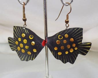 SALE Vintage Fish Earrings.  Hand Painted Wood and Brass Angel Fish Earrings.  Black Gold Angelfish Earrings.  Ethnic Earrings.