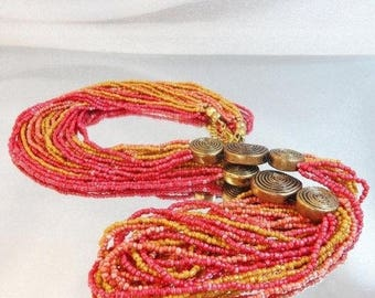 SALE Vintage Coral Pink Mustard Torsade Necklace. Coral. Yellow. Pink Glass Beads Necklace.