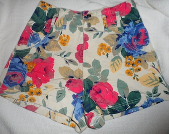 Vintage Women's Juniors size 5 Breaker Jeans High Waist Floral Print Shorts Excellent