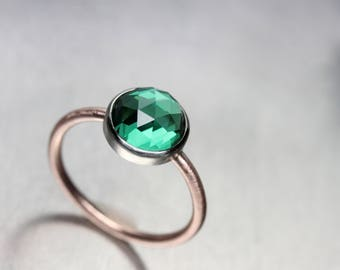 Lab Created Rose-Cut Emerald Engagement Ring 14K White and Rose Gold Delicate Large Green Conflict-Free Gemstone Bridal Band - Smaragdkuppel