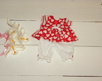 Heart Patterned Top and White Pants - 12 inch doll clothes