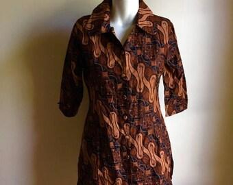 SUMMER SALE Indonesian Batik Blouse Top • Black and Brown Cotton Batik Blouse • Jacket Top