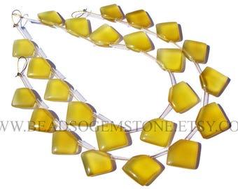Gemstone Beads, Yellow Chalcedony Smooth Pentagon (Quality AAA) / 12 to 16 mm / 18 cm / CHALCEDON-044