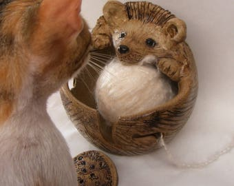 Stoneware  Hedgehog Yarn Bowl No.7 Comes With A Button Gift