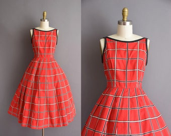vintage 1950s red cotton plaid full skirt sun dress Small 50s day dress with circle skirt