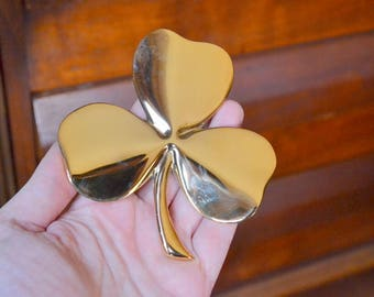 vintage 24kt gold plated brass three leaf clover paperweight / good luck / desk accessories