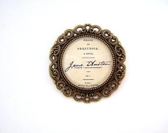 Jane Austen Jewellery, Literary Gift, Pride & Prejudice Brooch, Jane Austen Gift, Book Jewellery, Book Lover Gift for Her, Reader Gift