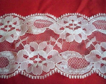 Vintage Flat Lace