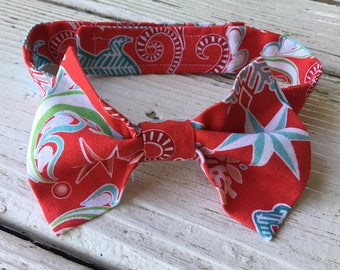 Boys Christmas Bow Tie, Boys Whimsical Holiday Tie, Vintage, Reindeer, Aqua, Christmas Photo Prop,  Baby, Boys Birthday Ties, Red Bow Tie