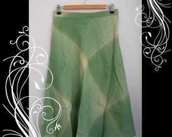 ON SALE Vintage Green Plaid Flared A Line Skirt Waist 28