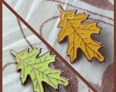 Pointed Oak Leaf Enamel Pin