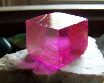 Rose Aura Optical Calcite Viking Sunstone Iceland Spar