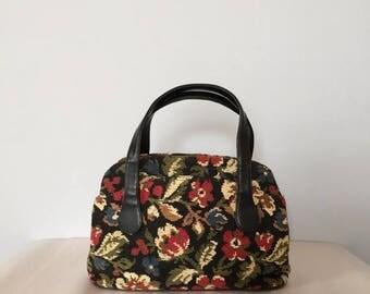 25% OFF SALE... 70s carpet doctor bag | floral tapestry handbag