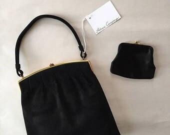 25% OFF SALE... 1930s top handle purse | black suede framed kiss lock purse