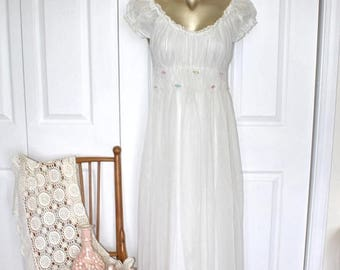 SALE 1950s White SMOCKED Lingerie Negligee . Vintage 50s 60s Lovely Long Maxi Romantic Nightgown . Delicate Floral . Size Extra Small
