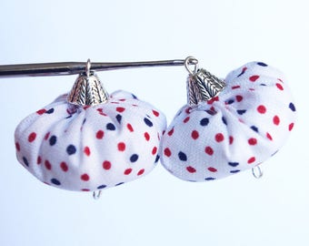 Duo beads dot, fabric bead connector in the fabric is hand craft - 2 choices: Tri-color red white blue or red with white dots