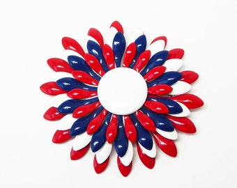 Patriotic Red White Blue Fireworks Brooch - Vintage Mod 1960s 1970s Enamel Pin - Flower Power - 4th of July - Veterans Day - Memorial Day